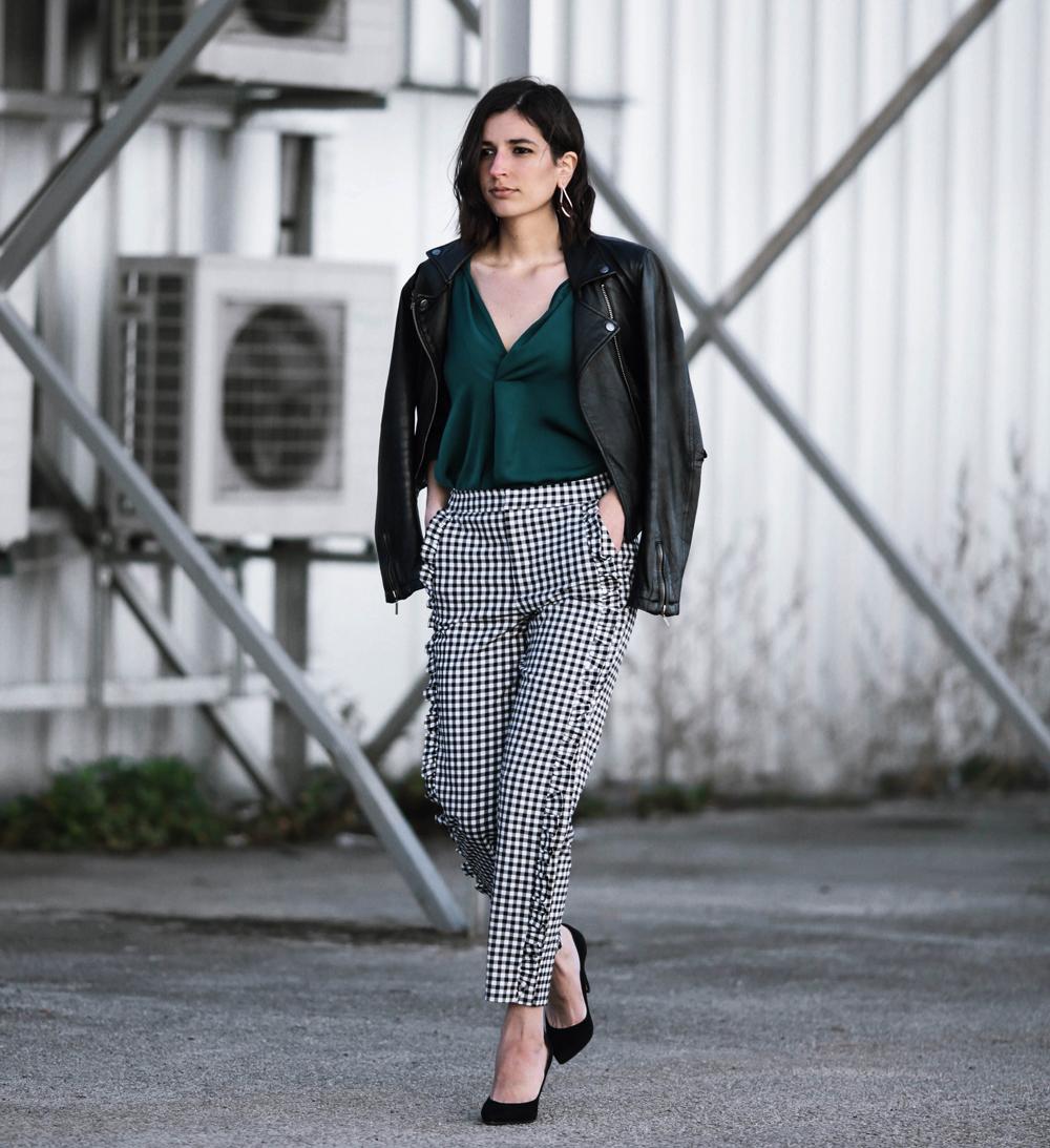 Gingham ruffle pants | Aria Di Bari