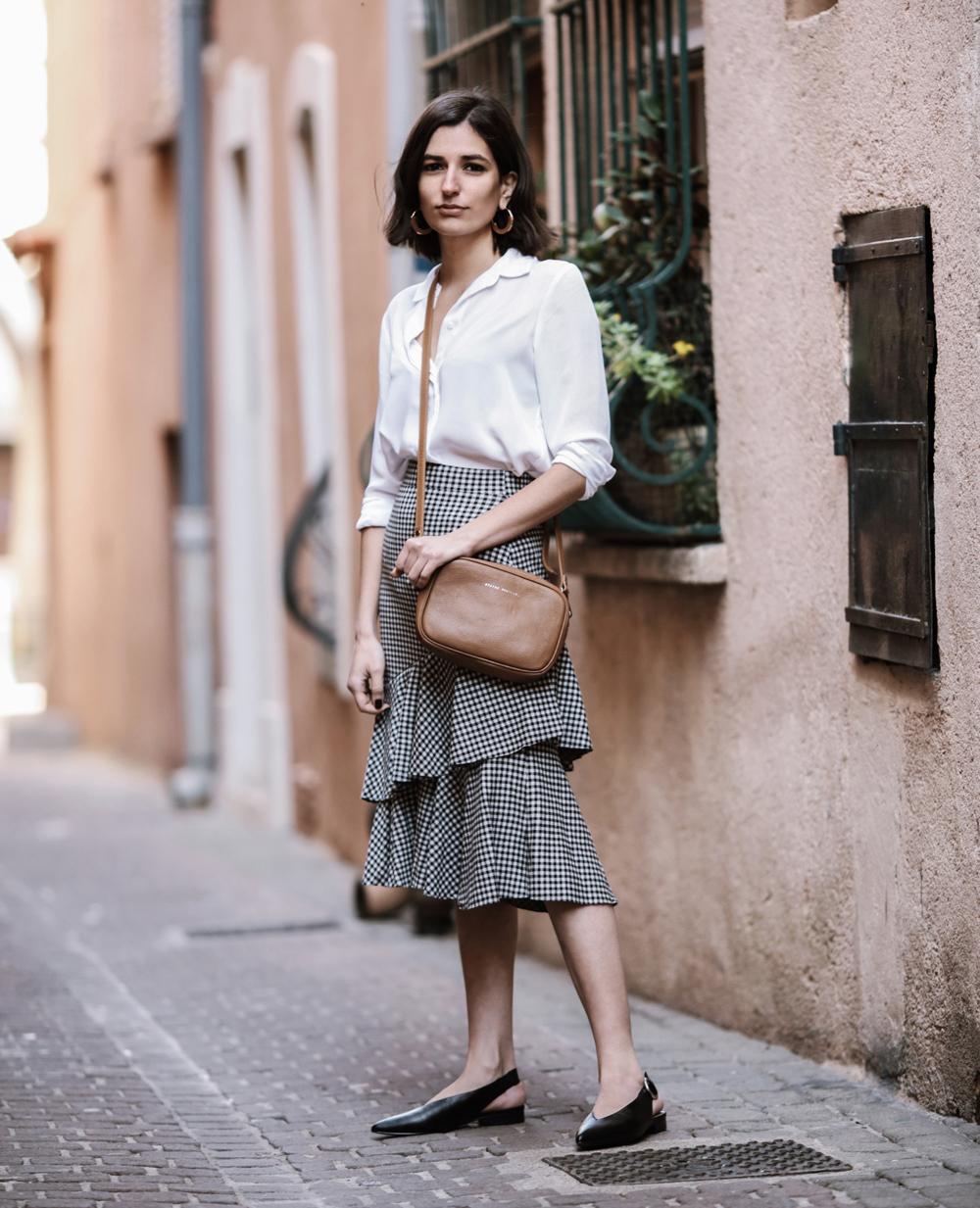 A gingham ruffle skirt | Aria Di Bari