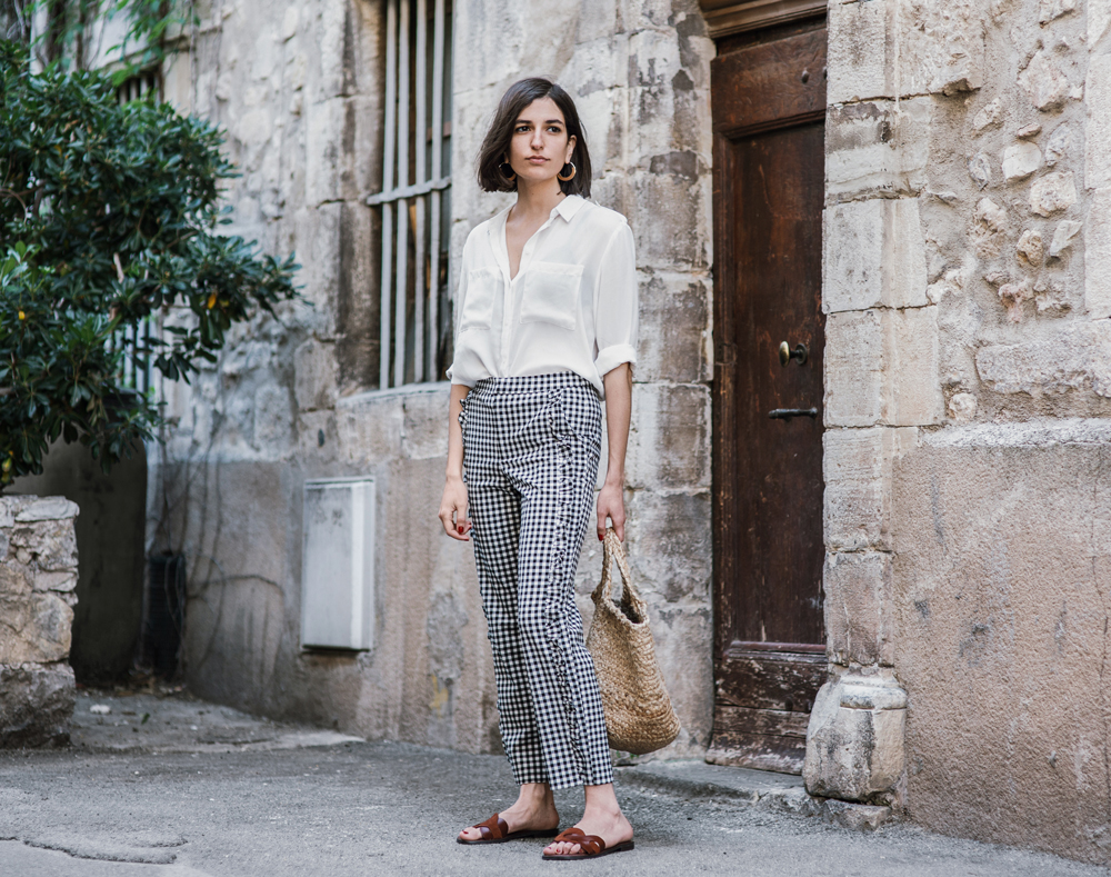 How to wear gingham trousers this summer