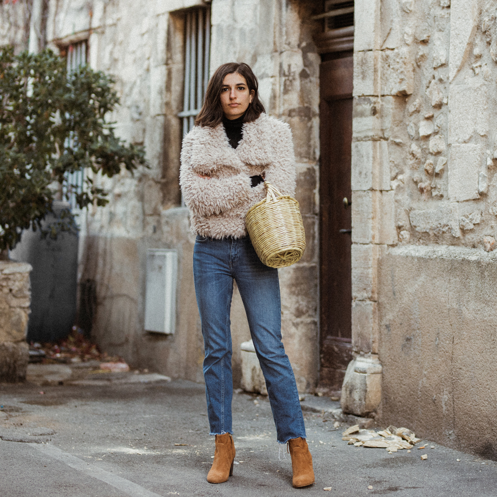 Fluffy Coat Basket Bag Zara Winter Collection Birkin Mango Bocage Brown Boots French Street Style Fashion Blog Aria Di Bari Italian Fall Outfit 2