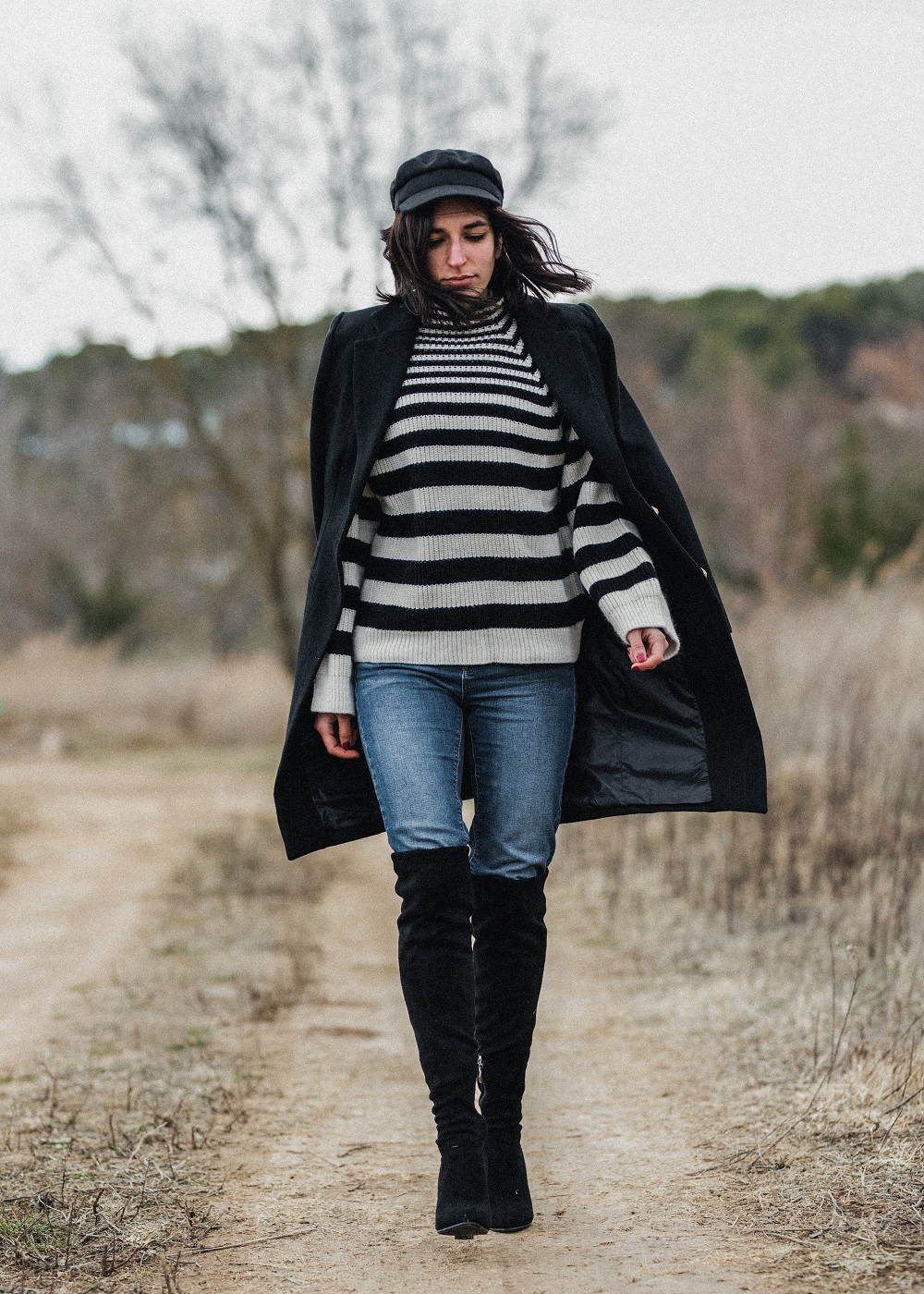 a baker boy hat and an oversized striped sweater aria di bari. Black Bedroom Furniture Sets. Home Design Ideas