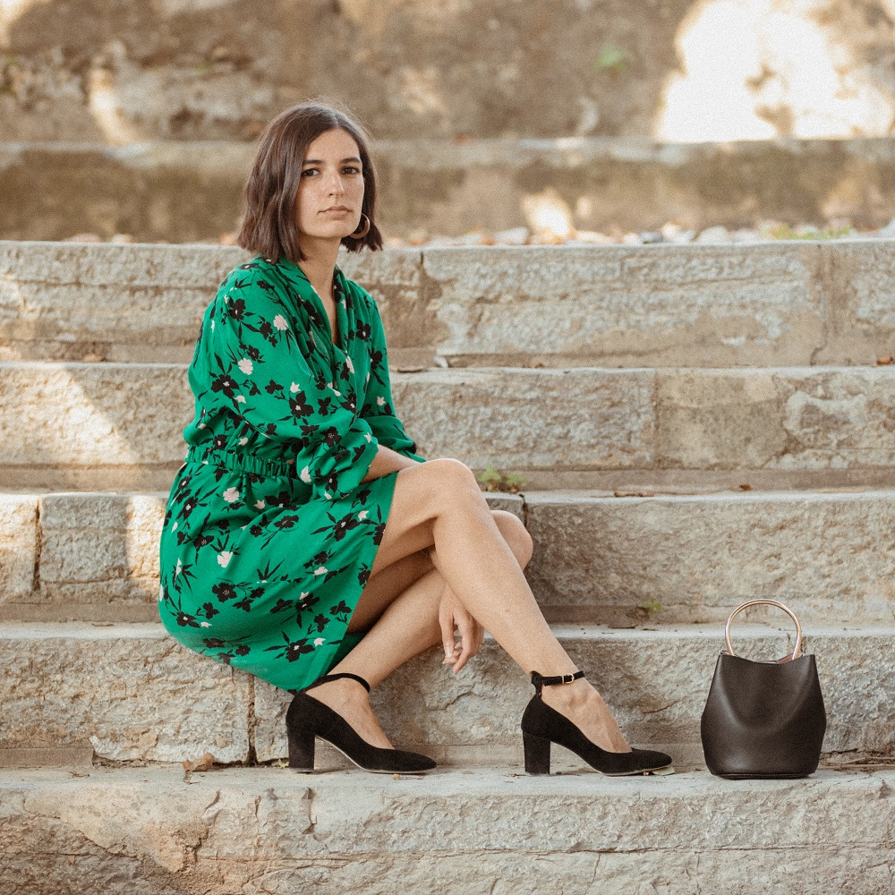 The perfect dress for slowly transitioning into Fall