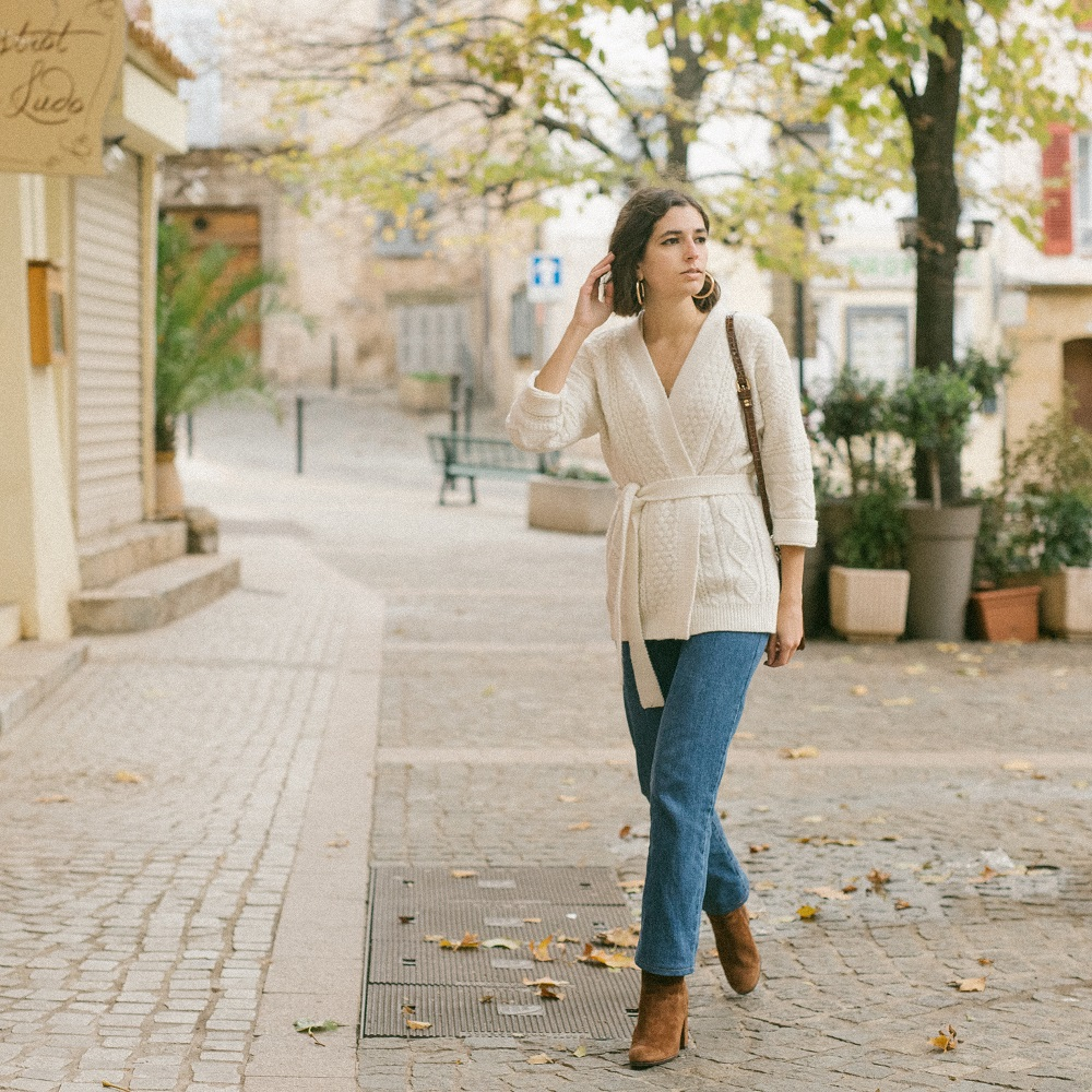 The belted cardigan I will wear all winter long