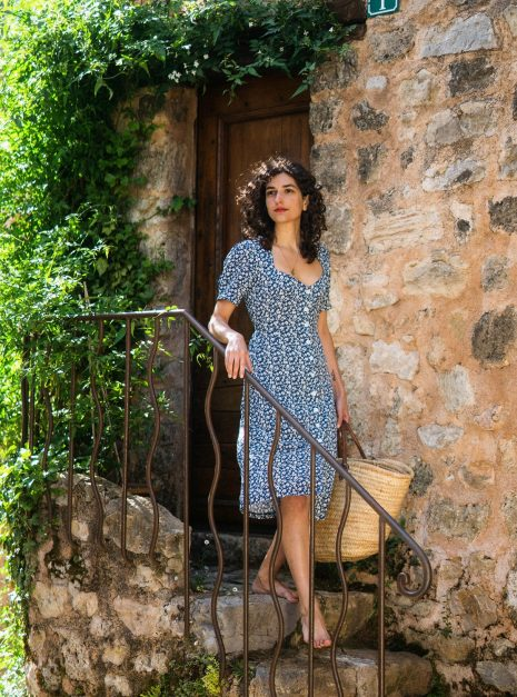 ariadibRobe Carmen | Fleurs bleuesari-carmen-floral-dress-20-summer-capsule-collection (2)